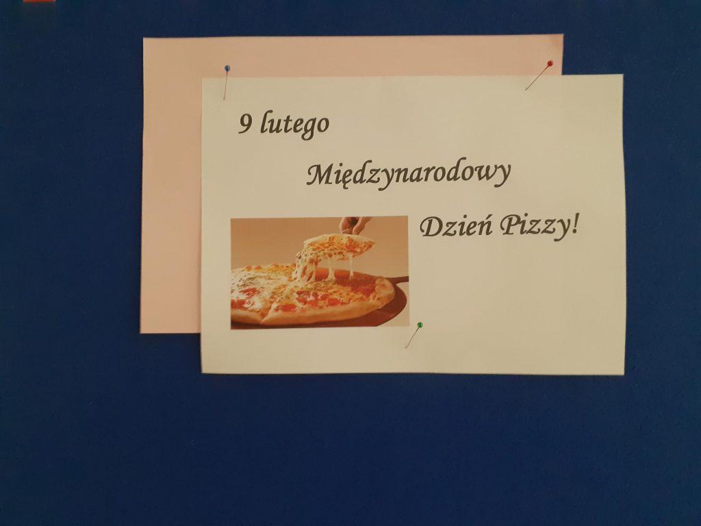 Gazetka szkolna przygotowana z okazji Międzynarodowego Dnia Pizzy